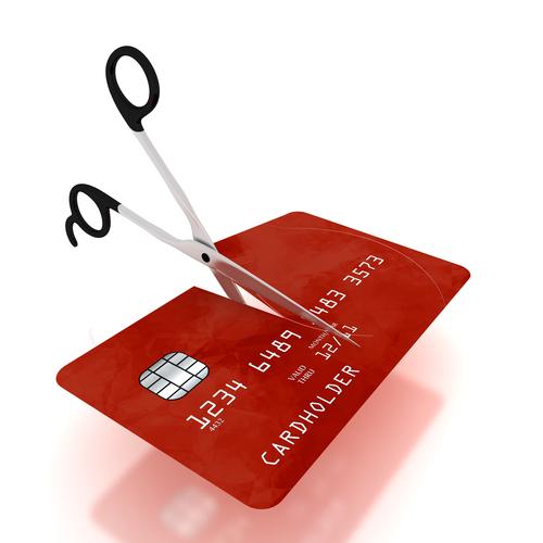 Q.クレジットカードを処分する際の注意点を教えてください