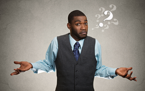 Q. クレジットカードとデビットカードの違いは何ですか?