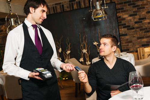 Q. クレジットカードの魅力について教えてください。