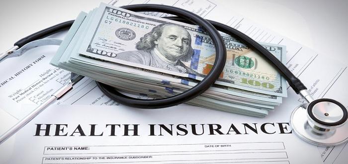 海外旅行中の医療保険は立替が基本!?