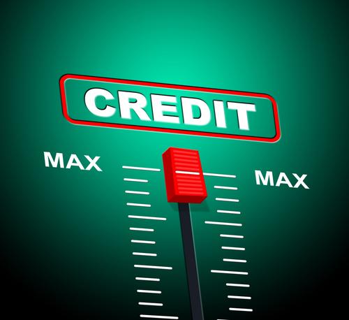 Q.クレジットカードの利用限度額はいつ回復しますか?