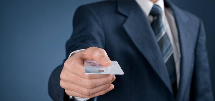 大学生や新社会人がクレジットカードを作るメリット