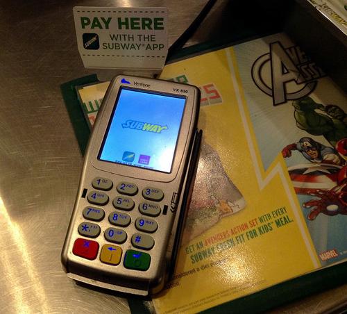 クレジットカードのサインレスってなに?