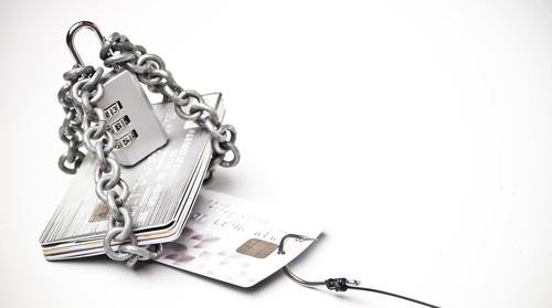 Q.クレジットカードの不正利用を防止する方法を教えてください。
