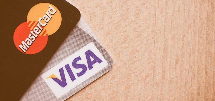VISAとMasterってどっちがいい?