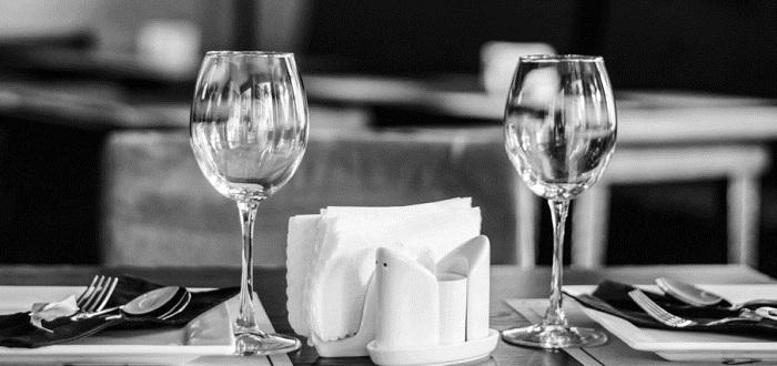 クレジットカードの発想はニューヨークのレストランのから生まれた