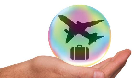クレジットカードのメリットは旅行傷害保険やショッピング保険がついている