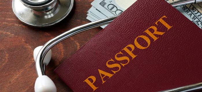 学生専用ライフカードは海外旅行傷害保険付き!