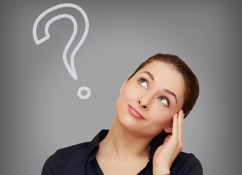 お店でクレジットカードを利用するとお店は手数料を取られるのに、なぜカード払いを受け付けているのですか?