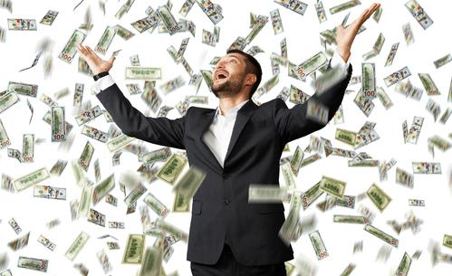 クレジットカードで支払った場合、生涯でどれくらいポイントが貯まるものなのでしょうか?
